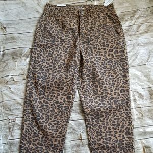 Time and Tru Women's Tiger Print Straight Pant